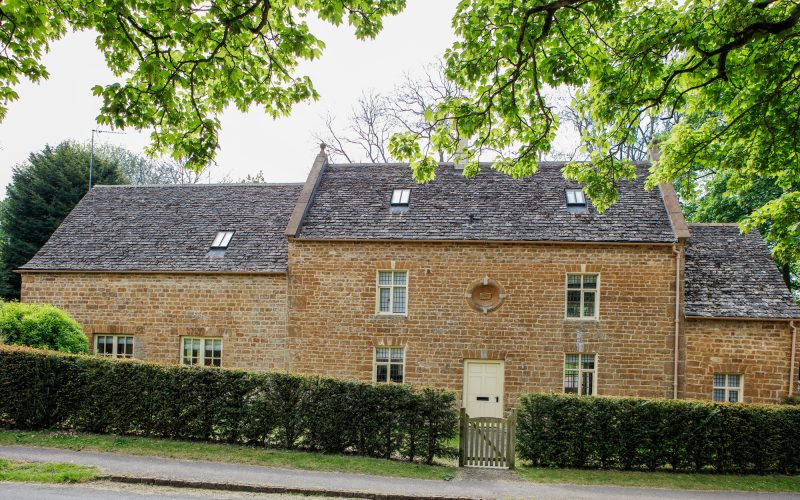 6 New Road Refurbishment by Corinium Construction: Elegant Cotswold house